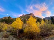 20 Stunning Fall Foliage Hiking Photos to Brighten up Your Day