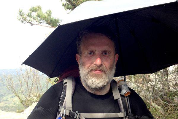 Why An Umbrella Is Better Than Rain Gear