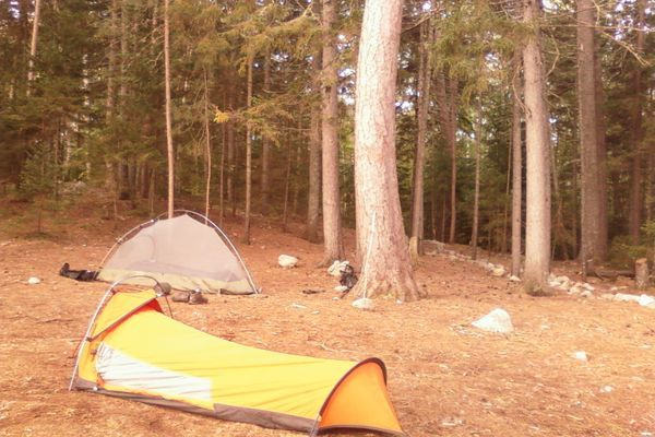 Shelter on the Appalachian Trail: To Pack or Not to Pack?