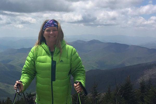 Paralyzed Woman Hikes the Appalachian Trail