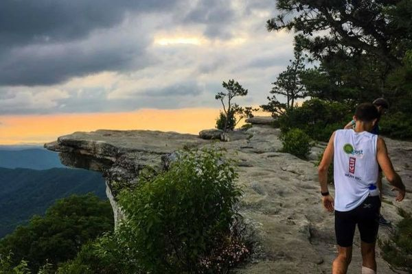 Ultrarunner Harvey Lewis Attempting to Set New Appalachian Trail FKT