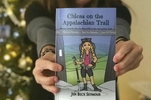 Book Review: Chicas on the Appalachian Trail