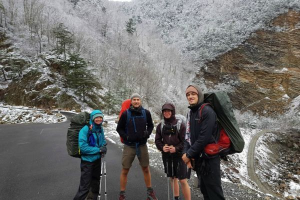 10 Ways to Stay Warm and Avoid Hypothermia on the Trail