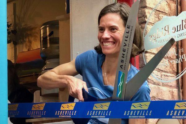 Jennifer Pharr Davis Opens New Store and Bunkhouse in North Carolina