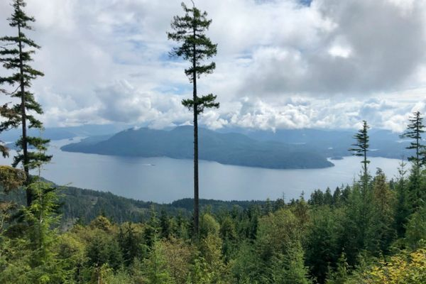 Trail Profile: Hut to Hut on the 112-Mile Sunshine Coast Trail