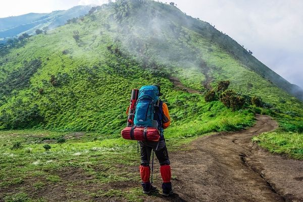 Ten Main Items for a Northbound Thru-hike in 2021