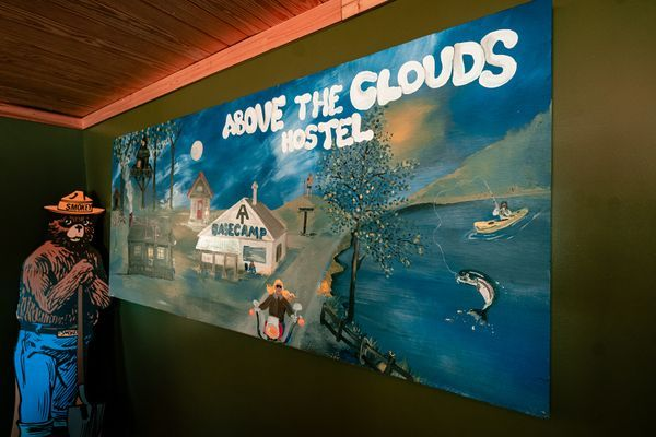 Hostels: A Day Above the Clouds and the Legend of Nimblewill Nomad