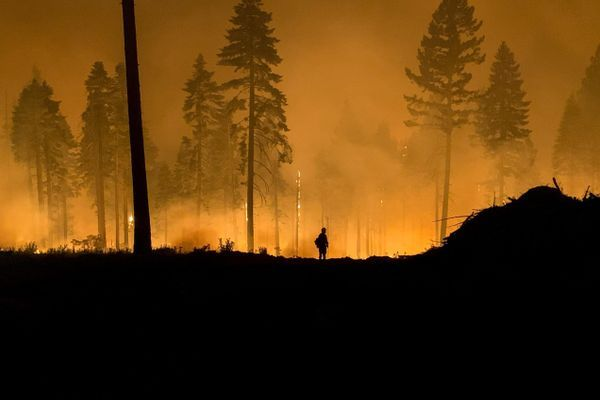 Dixie Fire Continues to Impact PCT Communities in Northern California
